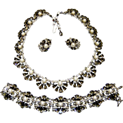 Vintage Trifari Black Rhinestone Diamante Fx Pearl Necklace Bracelet Earrings Set BOOK