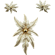 Unsigned Frosted Foliage Pin & Earrings Demi Parure