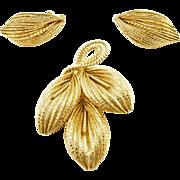 Vintage Napier Textured Gold Tone Leaf Set