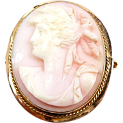 Edwardian Carved Pink Cameo of a Roman Lady in 10Kt. Yellow Gold C. 1900