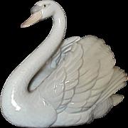 SALE Vintage Lladro Swan With Wings Spread Figurine Sculpture #5231 c. 1983 Retired Spain