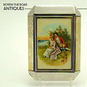 Ladies Compact with Wonderful Courting Scene - Mint - 1930's