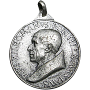Pope Pius XII Medal silver tone Jubilee year 1950