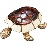 Charming turtle pin lucite enamel CINER