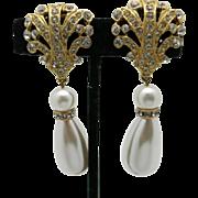 Rhinestone earrings Gold tone Big fake pearls Clip on TARA
