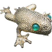 Ciner Frog pin Large gold toned metal Green cabochon eyes