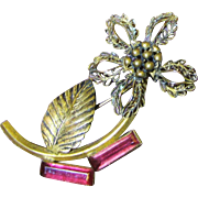 SALE Beautiful 1940's Retro Gilt Filigree Flower Pin with Pink Glass Stones