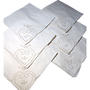 Lovely Set of 6 Unsued Vintage Cream Embroidered Napkins