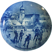 1982 Berlin Blue China Collector's Plate, Christmas in Wasserburg