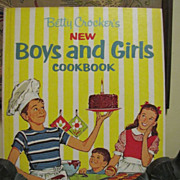 1965, Betty Crocker's Vintage New Boys and Girls Cookbook 1st edition/5th printing‏