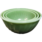 Vintage Fire-King Jadite Green Swirl Nesting Mixing Bowls 3 Piece Set