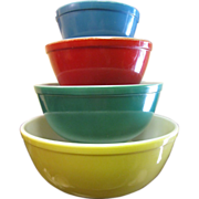 Set of Vintage Pyrex Primary Color Mixing Bowls