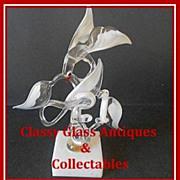 Unique Glass Bird Study by Colin Boone, Surrey, England. circa 1980's. Signed.