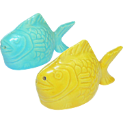 Bauer Pottery Chicken Of The Sea Salt Pepper Shakers