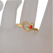 Vintage Gold Filled Coral Heart Ring Size 6