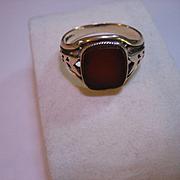 Vintage Carnelian 10 K Gold Ring
