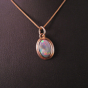 Australian Coober pedy Fire Opal 14 K Yellow Gold Pendant and Chain