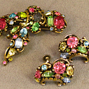 Hollycraft Pastel Rhinestone Ribbon Brooch and Matching Earrings