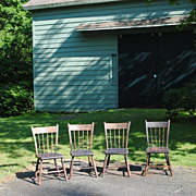 SALE Set Of 4 Circa 1820-40 Rabbit Ear Windsor Chairs With Plank Seats
