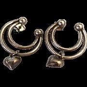 Pretty Vintaqge Sterling Silver Earrings w/ Heart Dangles
