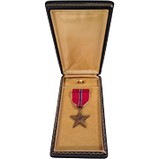 REDUCED Bronze Star Medal, Ribbon Bar and Lapel pin in Original Presentation Case
