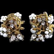 Vintage Robert White Glass And Rhinestone Clip Back Earrings