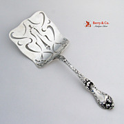 SALE PENDING Les Cinq Fleurs Waffle Server Reed and Barton Sterling Silver 1900 No Monogram