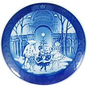 1990 Royal Copenhangen Christmas Plate - Christmas at Tivoli