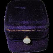 Victorian Ring Box, Velvet Presentation