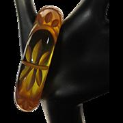 Prystal Bakelite Bracelet, Deco Carved Apple Juice