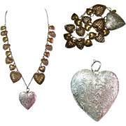 Pididdly Links Necklace, Heart Charms, 1970's