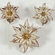 SALE Elegant Brooch & Clip Earrings in Silver Filigree