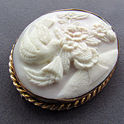 8K YG Hand Carved Cameo Brooch with Bird and Vase of Flowers