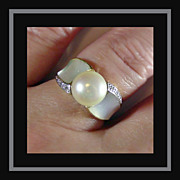 14K Yellow Gold Large Mabe Pearl & MOP Ring Size 8 1/4