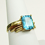 14K Yellow Gold Swiss Blue Topaz Ring Size 8 1/4