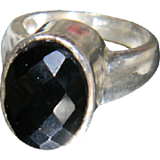 Vintage Sterling Silver Oval Multi Faceted Black Onyx Ring