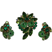 D&E aka Juliana BOOK PIECE Molded Art Glass Green Swirled Button Cab With Green Navette Rhines