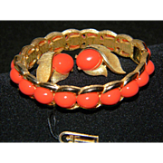 TRIFARI Vintage Signed Faux Coral Lucite Cabochon Gold Tone Hinged Clamper Bracelet and Matchi