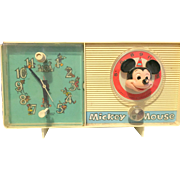 General Electric Disney Mickey Mouse GE vintage radio clock electric works!