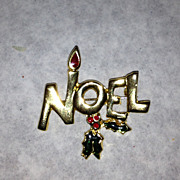 Noel gold tone vintage pin brooch holiday Christmas