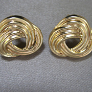 SALE CLEARANCE..Vintage 14 kt Love Knot Earrings