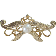 Vintage 14kt Cultured Pearl Bow Pin