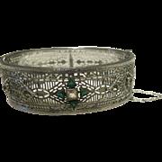 Stunning Vintage ART DECO Rhodium & Green Rhinestone Hinged Cuff Filigree Bracelet