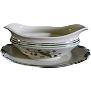 Syracuse China Coralbel Gravy Bowl with attached Under-plate
