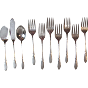 Oneida Community 1932 Lady Hamilton 7 Salad Forks 3 Serving Pieces Silverplate Flatware