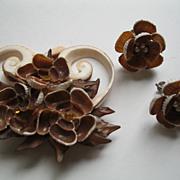 Vintage Shell Pin Broach & Screwback Earrings Set