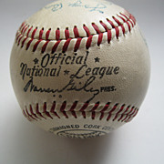Signed 1950's Major League Baseball with 8 Signatures Ted Williams, Mickey Mantle, Yogi Berra
