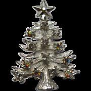 Signed Eisenberg Ice Christmas Tree Pin