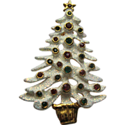 Signed Eisenberg Ice White Enamel Frosted Christmas Tree Pin