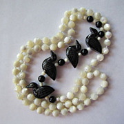 """Four In a Row Carved Birds Ducks Hand Knotted Mother of Pearl Hand Knotted Necklace 32"""" L"""
